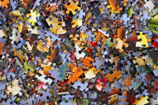 Puzzle Hans-Peter Gauster unsplash @sloppyperfectionist